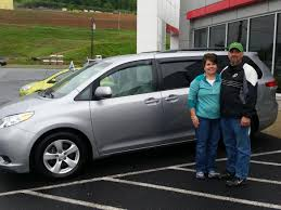 toyota dealer sales tara and fred cupp with their 2013 toyota sienna congratulations