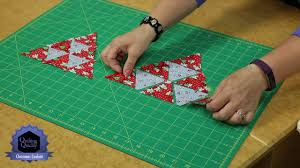 quilting quickly christmas confetti a table christmas quilt