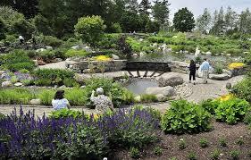 Coastal Maine Botanical Gardens Weddings Plan To Expand Boothbay Gardens Slammed As Disneyland Ambition