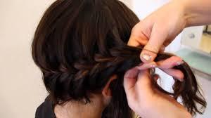 medium length hairstyle tutorials fishtail braid for medium length hair hair tutorial youtube