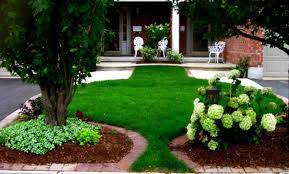 Sloping Backyard Landscaping Ideas by Blandscapeb Driveway Amys Office Front Front Yard Driveway