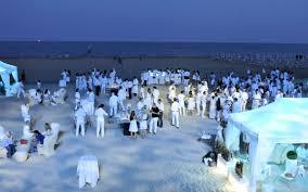 the beach houses party 08 jpg 1 200 750 pixels justice u0027s wedding