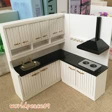 Dollhouse Kitchen Furniture Dollhouse Miniature Modern Kitchen Furniture Highbacked Worktop 1