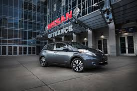 nissan leaf electric car price 2016 nissan leaf adds larger battery boosting range to 107 miles