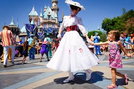 9 surprising things you u0027re not allowed to do at disney world