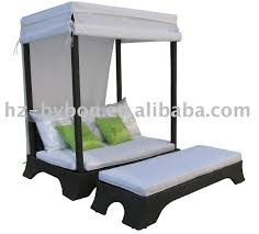canopy dog bed korrectkritterscom canopy dog bed outdoor canopy dog bed submited images pic fly