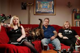 how much do you get paid on gogglebox how many hours of tv do you