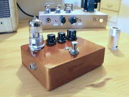 Homemade Pedal Board Design Diy Guitar Pedals Building Guitar Pedals For Beginners Pedal Haven