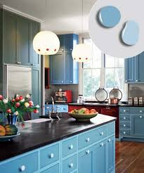 Painted Shaker Kitchen Cabinets 12 Kitchen Cabinet Color Combos That Really Cook Shaker Style
