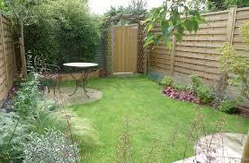 simple wooden garden fence simple garden fence ideas garden