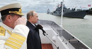 vladimir putin military putin salutes baltic fleet on russia s navy day sputnik international