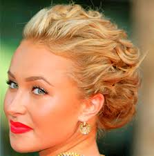 Updo Hairstyles For Short Hair Easy by Easy To Do Hairstyles For Short Hair At Home Hair Style And