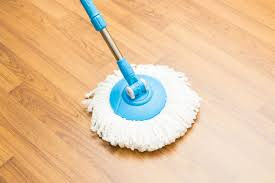 Best Way To Clean Laminate Floor 11 Tips For Cleaning Vinyl Floors Reader U0027s Digest