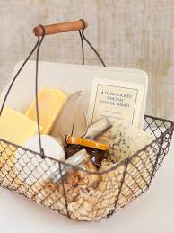 Christmas Food Gifts Pinterest - how to make a gift basket of cheese nuts and crackers diy food