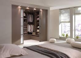 dressing chambre parentale une chambre avec une salle de bain ou un dressing conseils pour
