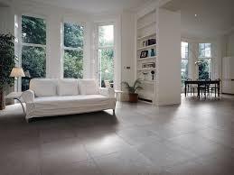 Wohnzimmer Ideen Fliesen Herrlich Wohnzimmer Bodenbelag Ideen Fliesen Bluetech Elvenbride