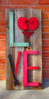 the most beautiful 101 diy pallet projects to take on valentines