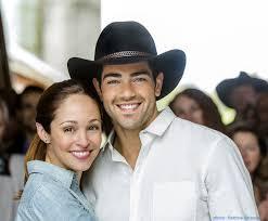 a country wedding on hallmark channel family choice awards