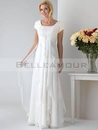 robe de mari e simple pas cher de mariée grande taille mousseline plis a ligne manches courtes