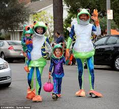 alyson hannigan and alexis denisof in family halloween costume as