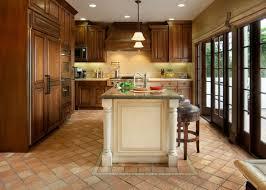 cuisine tomettes tomettes anciennes et carreaux anciens terre cuite pour le sol