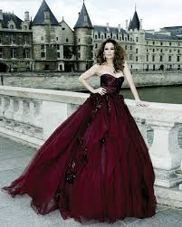 wedding dress maroon 35 aubergine marsala classic fall wedding color ideas deer