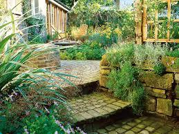 Desert Landscape Ideas For Backyards by Desert Landscaping Ideas Hgtv