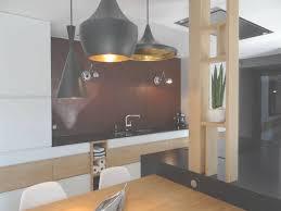 credence design cuisine cuisine design blanche et bois avec crédence effet rouillé with