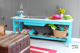 remodelaholic 15 easy diy modern side table building plan