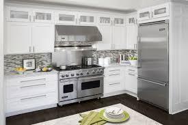 cuisine four encastrable cuisines four encastrable cuisine armoires blanches appareils acier