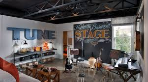 chalkboard wall would be cool for the drum room for the home