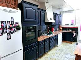 repeindre sa cuisine rustique refaire sa cuisine rustique en moderne repeindre cuisine rustique