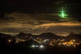 a brilliant green meteor lights up india s sky islands wired