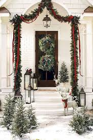 Outside Home Christmas Decorating Ideas 183 Best A Classic Christmas Images On Pinterest Christmas Ideas