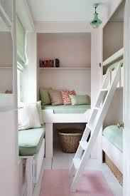 kleines kinderzimmer ideen jugendzimmer ideen kleine raume hochbetten nischen fensterplatz