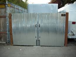 i think i might do my fence this way and maybe a little art on