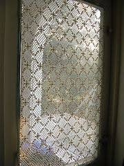 Cafe Curtain Pattern Dappled Lace Café Curtain Pattern From Retro Kitchen Knits