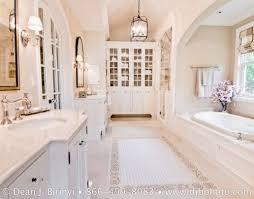Beautiful Bathrooms Pinterest Best 25 Master Bedroom Bathroom Ideas On Pinterest Master Bed
