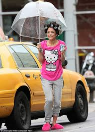 husband forced to sleep in hair rollers bethenny frankel has curlers in her hair and bright pink slipper