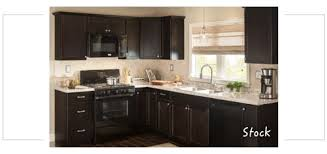 kitchen stock cabinets shop kitchen cabinetry at lowes com