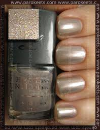 rival de loop high gloss nail colour