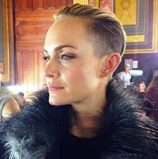 haircut style trends for 2015 lanvin buns spring 2015 amber valletta short haircut style com