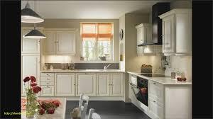 cuisine moderne pas cher cuisine blanche moderne avec modele deco cuisine stunning modele de