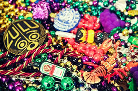 mardi gras throws memories of mardi gras front row for tuesday alex in wanderland