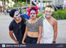 miami beach florida lincoln road pedestrian mall halloween costume