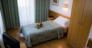 chambre simple chambre simple avec lit simple