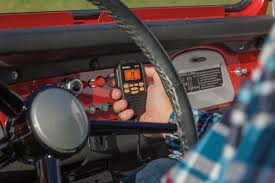 cmx560 off road compact cb radio
