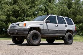 jeep comanche lifted offroad 4