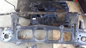 2003 bmw 325i radiator fan bmw e39 540i 530i 525i radiator support bar auxiliary fan removal