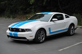 white mustang blue stripes 2011 gt premium white w blue stripes the mustang source ford